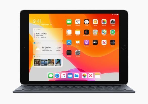 Apple_iPadOS-iPad-7th-Gen-Availability_Smart-Keyboard_092419_588x.jpg